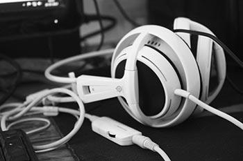 Downda Road Productions - Contact Headphones